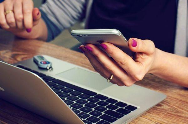 Управляйте банковским счётом Вашей фирмы в Чехии через Интернет!